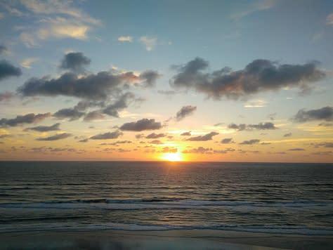 Soluppgång utanför Plaza  hotel Daytona Beach